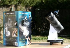 ASTROREVIEW: CELESTRON FIRSTSCOPE Caja